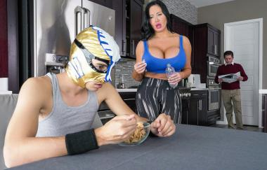 Sybil Stallone – Fuckstyle Wrestling (LilHumpers)